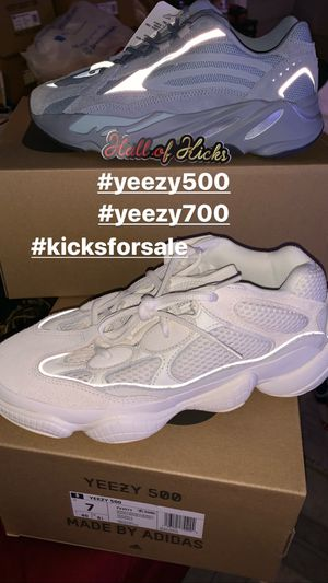 Adidas yeezy 500 bone white size 7 for Sale in Elmont, NY