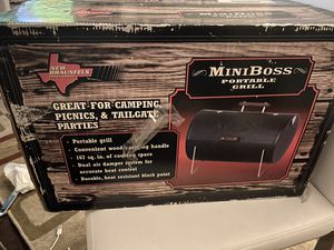 Mini Boss Grill for Sale in Los Angeles, CA