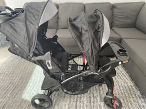 Sit and stand double baby stroller for Sale in Perris, CA