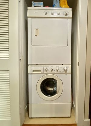 Kenmore Stackable Washer/Dryer Combo for Sale in Los Angeles, CA