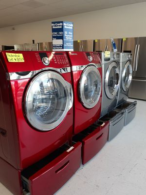 🔥🔥Samsung washer and electric dryer set with pedestal 90 days warranty 🔥🔥 for Sale in Mount Rainier, MD