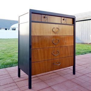 Vintage Mid-Century Dresser By American Of Martinsville for Sale in Auburn, WA