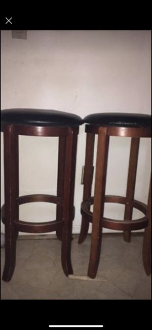 Bar stools 360 spin top for Sale in Spring Hill, FL