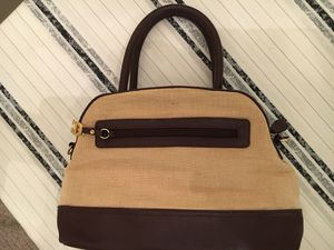 Gorgeous Etienne Aigner handbag, nearly new! for Sale in Buckhannon, WV