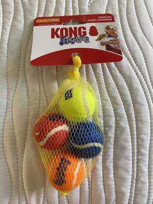 4 KONG dog squeakair small balls for Sale in Palmdale, CA