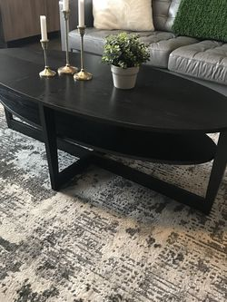 Beautiful Black Coffee Table , Good Condition ! for Sale in Vancouver,  WA