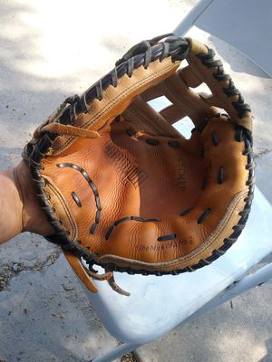 Rawlings softball catcher Glove for Sale in Walnut, CA