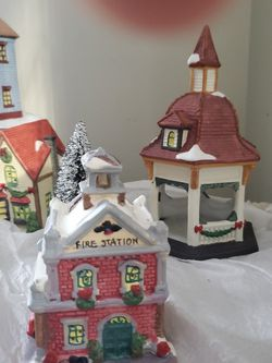Christmas Village for Sale in Wallace,  WV