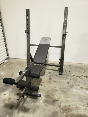 Golds Gym weight bench for Sale in Clearwater, FL