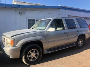 1999 GMC DENALI part out for Sale in Hayward, CA