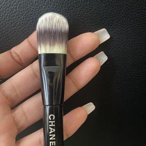 Authentic CC Mini Foundation Brush for Sale in Glendale, CA