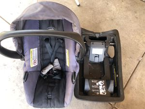 Baby car seat for Sale in Salinas, CA