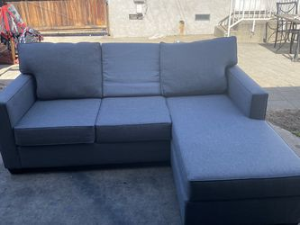 Light Grey Sectional Couch / Sofa- Can Be Delivered for Sale in Monterey Park,  CA