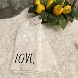 Rae Dunn Kitchen Towels Set for Sale in Cleveland, OH