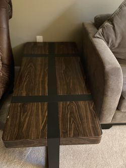 1 Big Coffee Table And A Small Single One for Sale in Gainesville,  VA