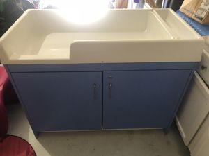 Changing table for Sale in Lancaster, TX