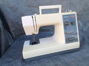Kenmore 24 Stitch Sewing Maching Model #385 for Sale in Lodi, CA