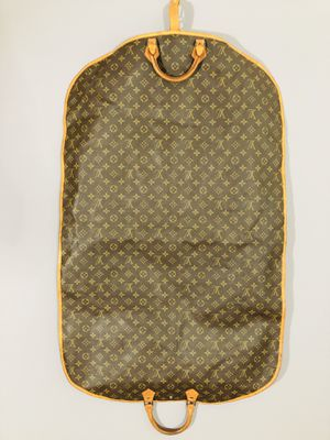 Louis Vuitton Garment Bag for Sale in St. Petersburg, FL