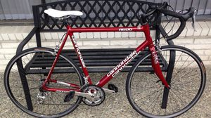 58cm Cannondale R600 road bike in amazing condition, Shimano Ultegra for Sale in Lynnwood, WA