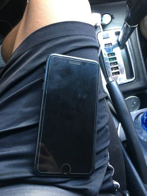 iPhone 8 Plus 64GB Like New! for Sale in Anaheim, CA