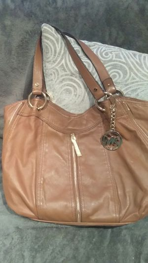 MK LEATHER BAG AUTHENTIC for Sale in Riverside, CA