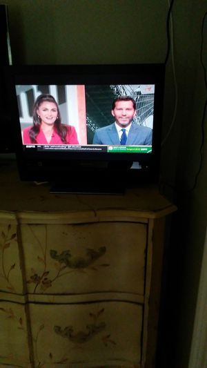 """Magnavox 19"""" HDTV LCD with HDMI 720P for Sale in Jupiter, FL"""