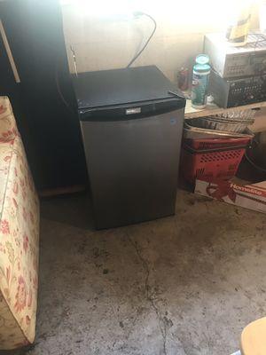 Danby Mini Refrigerator for Sale in Salt Lake City, UT