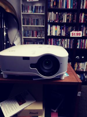 Working projector NEC for Sale in Bethany, OK