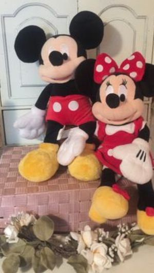 "Adorable"" Mini & Mickey Disney store 24 "" pristine seared in red & black no rips no stains no smells sold together only for Sale in Northfield, OH"