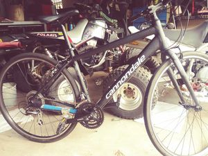 Cannondale Quick 7 urban racer for Sale in Humble, TX