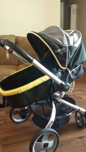 Stroller with bambinet and car seat for Sale in San Diego, CA