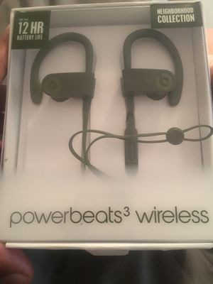 Brand new beat wireless headphones for Sale in Shaker Heights, OH
