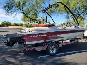 Glastron Boat & Trailer for Sale in Mesa, AZ