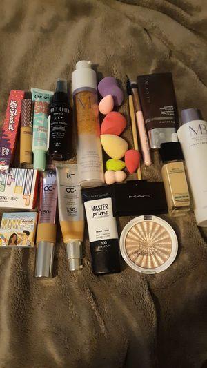 Makeup for Sale in Wichita, KS