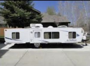 TO WHOEVER LOVE CAMPERS, YOU CAN'T MISS THIS NEW, BOTTOM PRICE, HUGE...HUGE....CLEAN....CLEAN 2005 HARD SIDED POP UP TRAILER. EVERYTHING LIKE BRAND N for Sale in Renton, WA