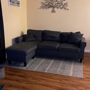 Charcoal Gray sectional couch for Sale in Fresno, CA