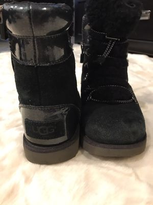 Ugg girls boots for Sale in Downers Grove, IL