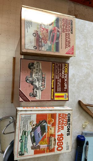 Chilling and Haynes repair manuals for Sale in Archdale, NC