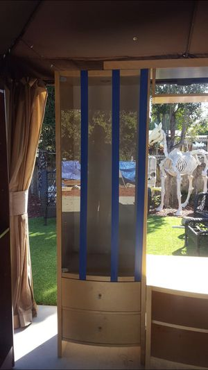 Display cabinet for Sale in San Diego, CA
