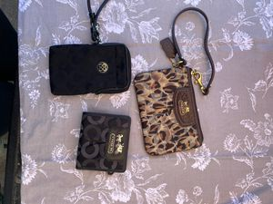 Authentic coach wristlets, wallet for Sale in Fremont, CA