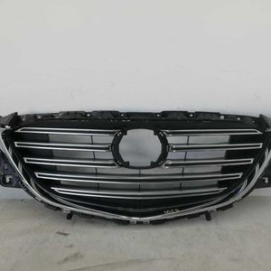 2016- 2017 MAZDA CX-9 FRONT GRILLE OEM for Sale in Calexico, CA