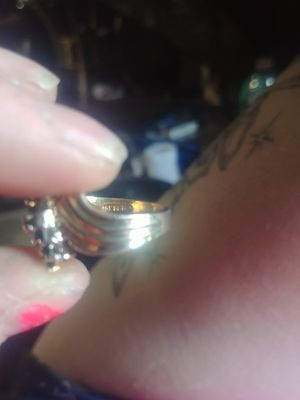 Women's 18k. Gold diamond ring for Sale in Canton, OH