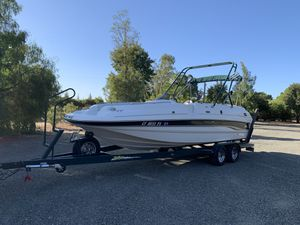 2001 Chaparral 23'deck boat for Sale in Vacaville, CA