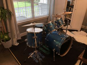"""Ludwig Element Evolution 5 Piece Drum Set with Zildjian Cymbals - 22"""" for Sale in Vancouver, WA"""