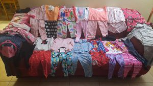 4t girl clothes for Sale in Hesperia, CA
