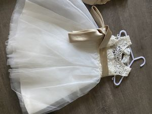Flower girl lace dress for Sale in Modesto, CA