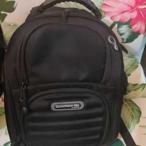 Black Quantaray Camera Backpack for Sale in Brooklyn, NY