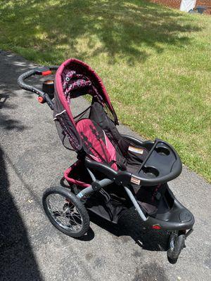 Jogging stroller for Sale in Clinton, MD