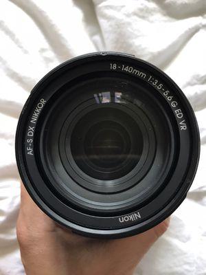 Nikon AF-S DX NIKKOR 18-140mm f/3.5-5.6G lens for Sale in Park Ridge, IL