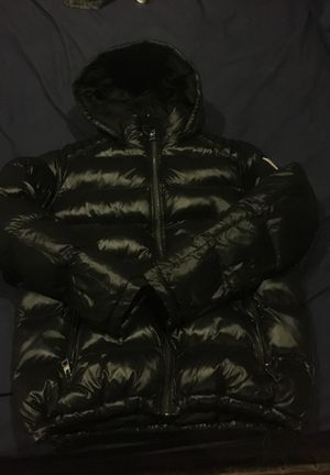 Guess Bubble Jacket with Detachable Hoodie Size M for Sale in Denver, CO